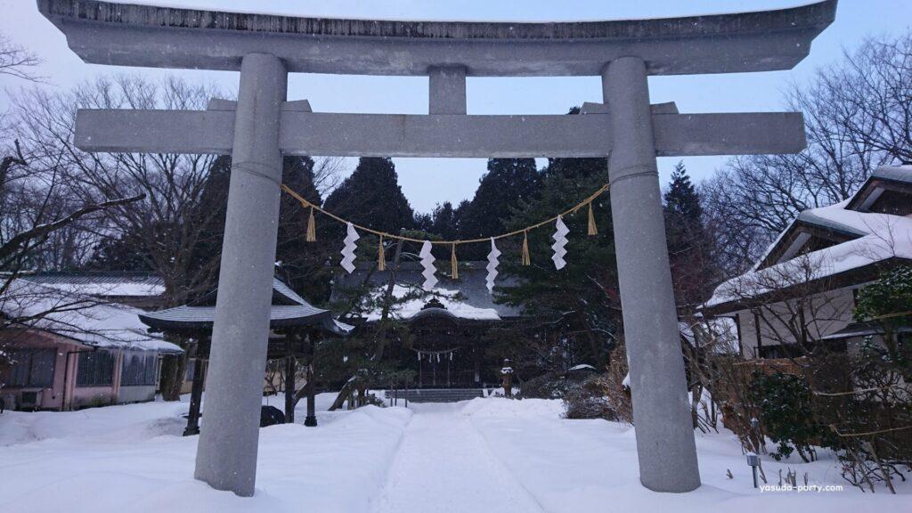 冬の彌高神社