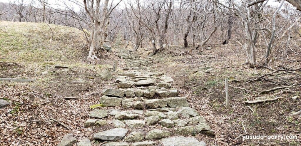 999段の石段